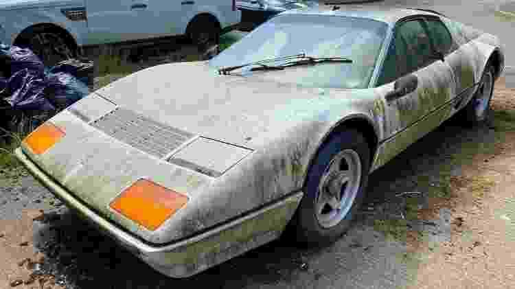 Caçador de Ferraris Scott Chivers Ferrari 512BBi 1983 rara apodrece em quintal na Inglaterra DIANTEIRA - Arquivo pessoal - Arquivo pessoal