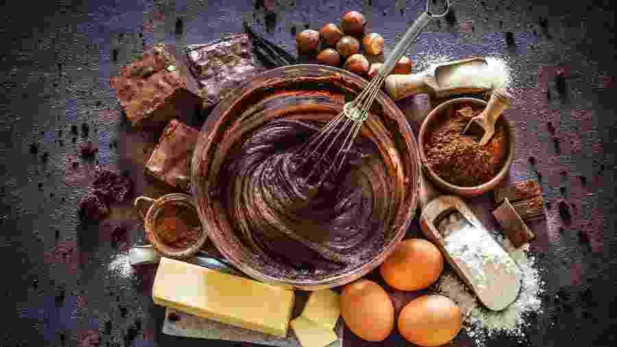 Use o ingrediente para criar receitas criativas para celebrar o Dia do Chocolate - iStockphotos