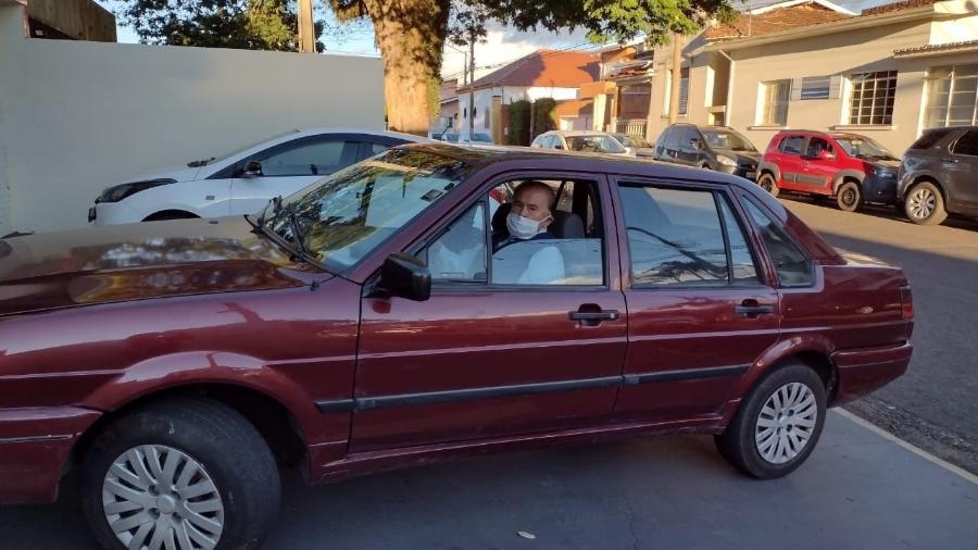 Antônio, de 102 anos, renovou sua CNH; pessoas com algum tipo de limitação podem ser habilitadas a dirigir, porém com alguma restrição - Divulgação/Detran