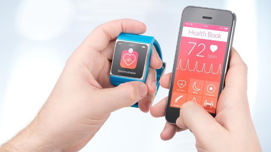 Relógios e pulseiras inteligentes podem te ajudar em um montão de coisas! Qual combina mais com você? Veja uma lista de sugestões - iStock