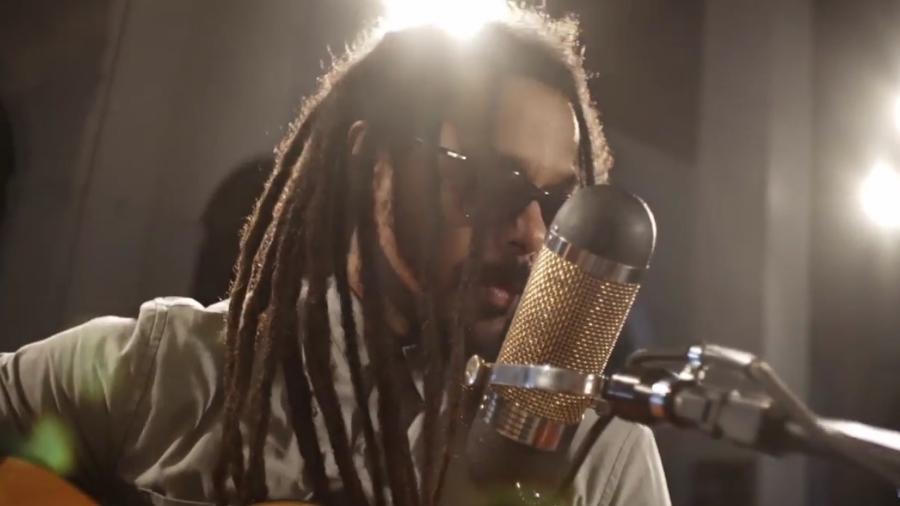 O cantor Falcão grava DVD acústico do Rappa no Recife - Reprodução