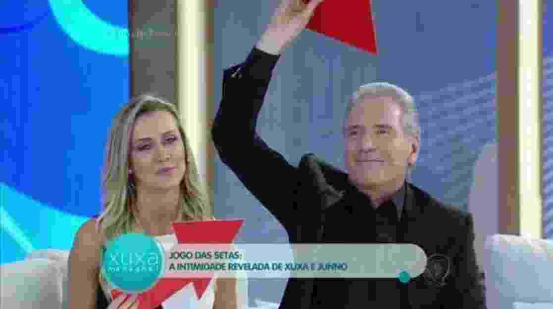 """27.mai.2016 - Roberto Justus e sua mulher, Ana Paula, revelam intimidades durante o programa """"Xuxa Meneghel"""" - Reprodução /Record"""