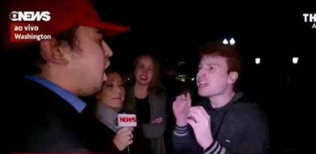 Repórter da Globo News ficou no meio de bate boca entre eleitores de Hillary e Trump - Reprodução/Globo News