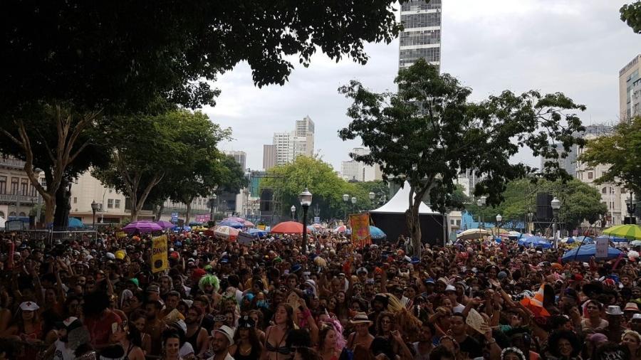 Bloco Toca Rauuul faz pré-Carnaval na Lagoa Rodrigo de Freitas - Bernardo Barbosa / UOL