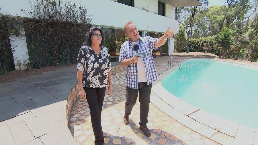 Diretora Aurora Prado recebe Gugu na mansão de Hebe Camargo que está à venda por R$ 8,5 milhões - Divulgação/TV Record