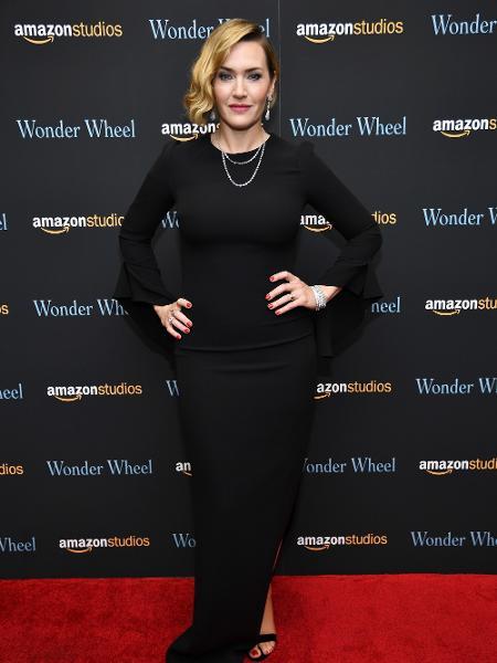 A atriz Kate Winslet chega para a premiação do Globo de Ouro de 2018 - Dimitrios Kambouris/AFP