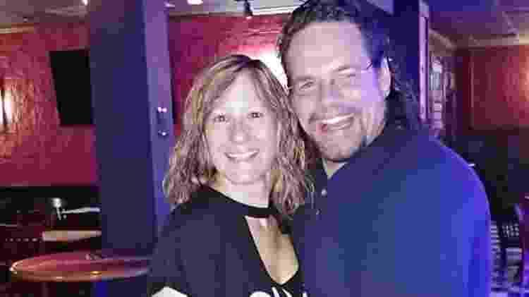 Jason Kunselman e a esposa - Reprodução/Facebook - Reprodução/Facebook