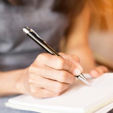 O jeito como você escreve pode dizer muito sobre sua personalidade - Getty Images/iStockphoto