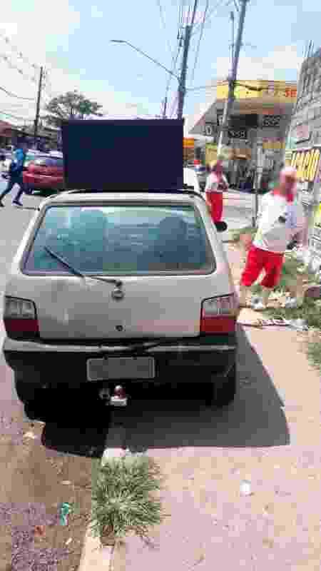 Fiat Uno foi apreendido em novembro com R$ 116,4 milhões em multas de trânsito - Divulgação