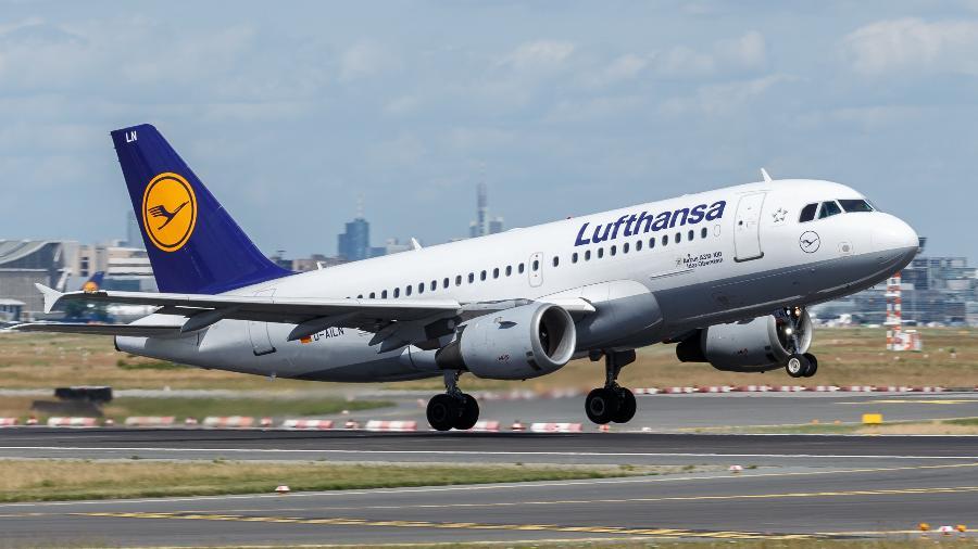 Lufthansa suspendeu sobrevoos no Afeganistão após o Taleban tomar o poder no país - Divulgação