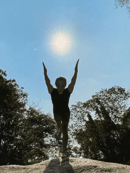 Rodrigo Santoro exaltou importância da yoga em sua vida com foto de prática - Reprodução/Instagram/@rodrigosantoro