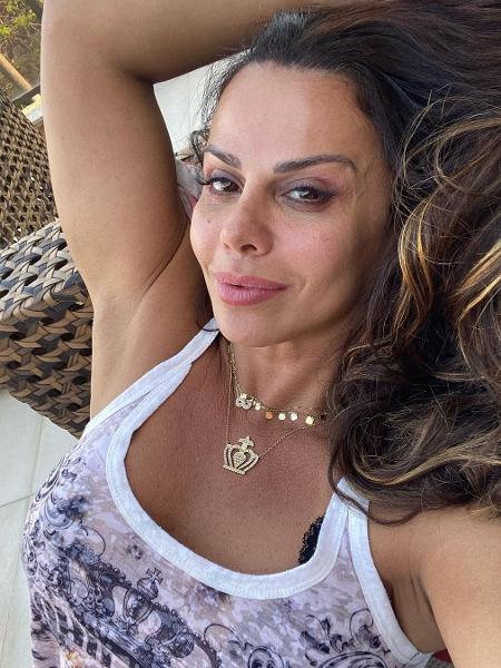 Viviane Araújo publicou foto nas redes sociais - Reprodução/Instagram @araujovivianne