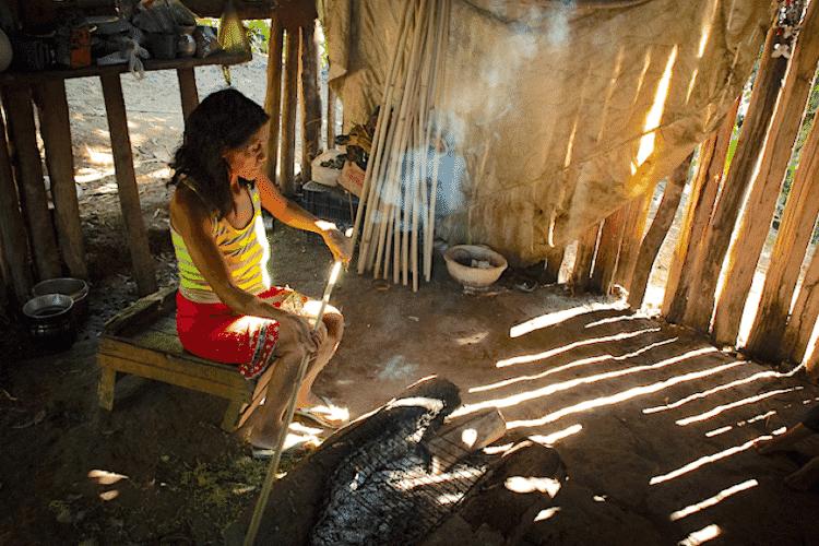 Os guarani são um dos maiores grupos indígenas da América do Sul, ocupando áreas no Brasil, Paraguai, Bolívia e Argentina - Xavier Bartaburu - Xavier Bartaburu