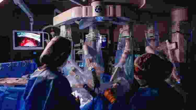 Cirurgia robótica de tireoide no Einstein 3 - Divulgação/Hospital Albert Einstein - Divulgação/Hospital Albert Einstein