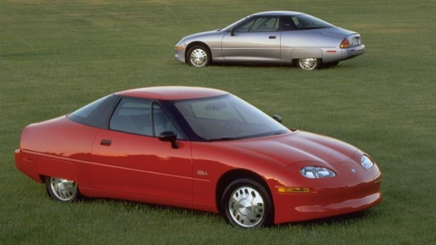 Lançado em meados dos anos 90, o General Motors EV1 introduziu uma série de inovações tecnológicas, mas teve vida curta - Divulgação