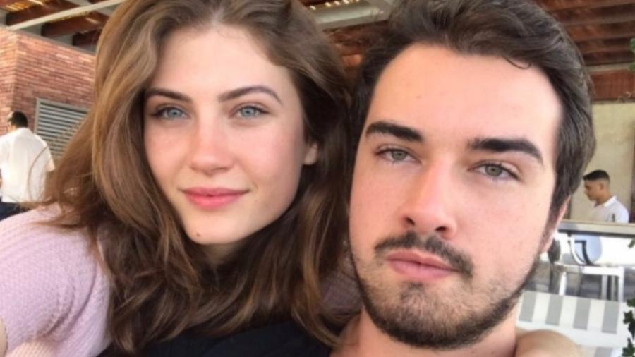 Olin Batista e a namorada, Cassiane Chiniski - Reprodução/Instagram/olinbatista