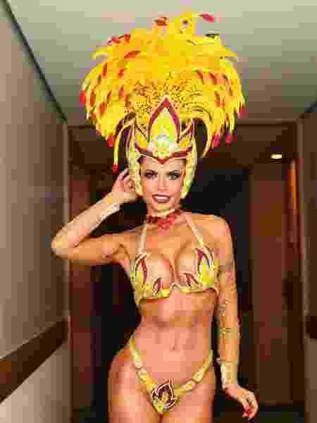 A ex-BBB Cacau Colucci diz que fica até 14 horas sem comer antes do Carnaval - Iwi Onodera / UOL