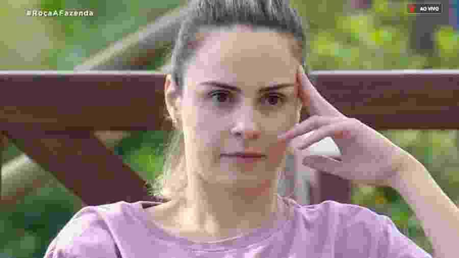 """Ana Paula Renault discute com Nadja Pessoa em """"A Fazenda 10"""" - Reprodução/RecordTV"""