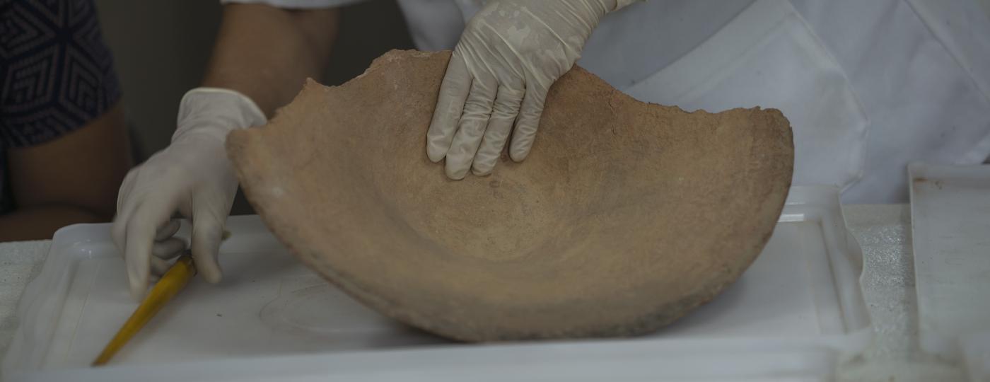 Peça do Museu Nacional passa por restauração - Ricardo Borges/Folhapress