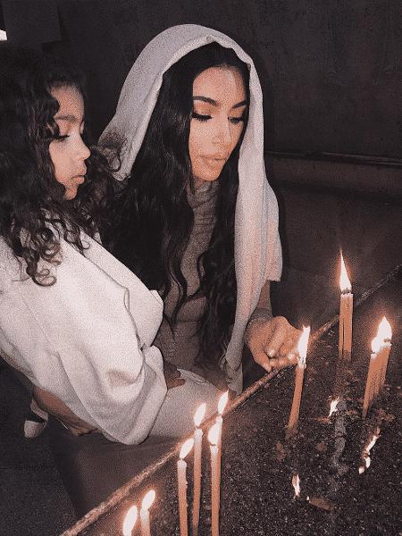 Kim Kardashian posta fotos de seu batizado com filhos na Armênia - Reprodução/Instagram