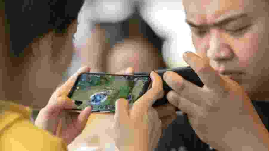 A China começou a regulamentar a indústria de jogos para combater o aumento da miopia entre crianças - Getty Images