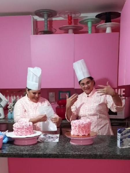 """Ministra Damares Alves: """"Se não sabe fazer bolo, faça roupas. Maquiagem também dá dinheiro"""" - Reprodução/Instagram"""