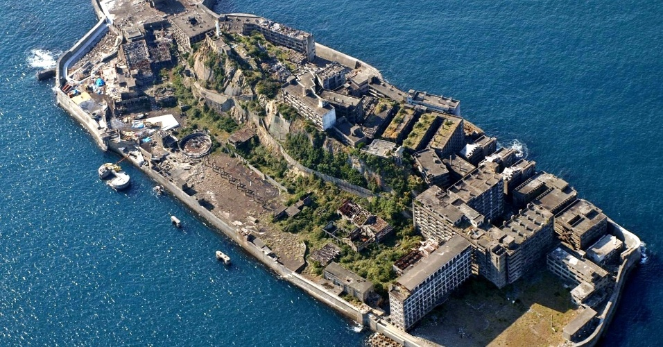 Com uma área de 6,3 hectares, Gunkanjima fica perto de Nagasaki