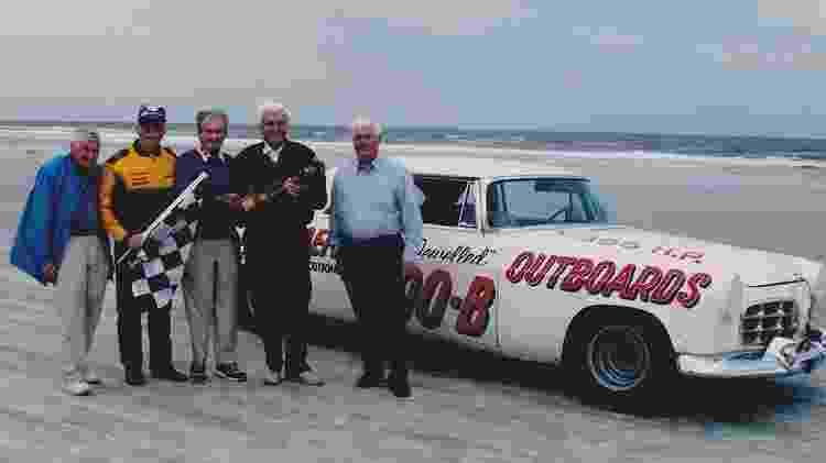 Chrysler 300 Club International/Reprodução