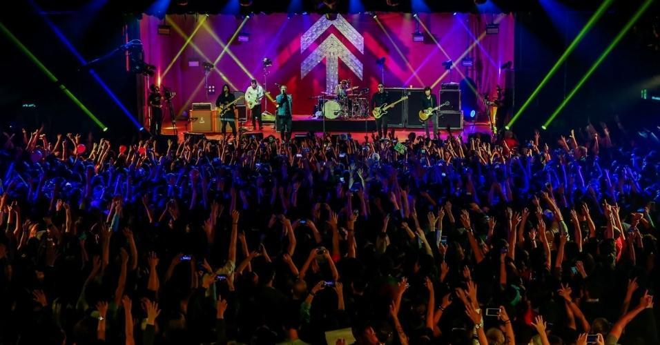 """NX Zero grava novo DVD, intitulado """"Norte"""", no Audio Club, em São Paulo. A banda comemora 16 anos de carreira e o encerramento da última turnê. A partir do dezembro, o NX Zero dará uma pausa por tempo indeterminado conforme anunciou o vocalista, Di Ferrero"""