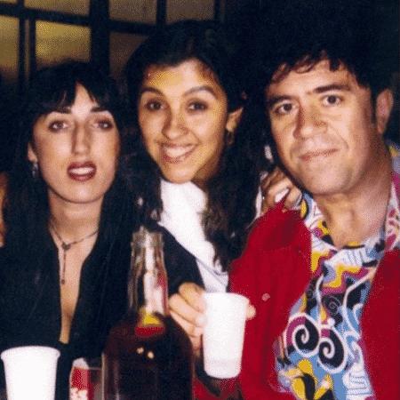 Regina Casé entre Pedro Almodóvar e Rossy de Palma - Reprodução/Instagram/reginacase