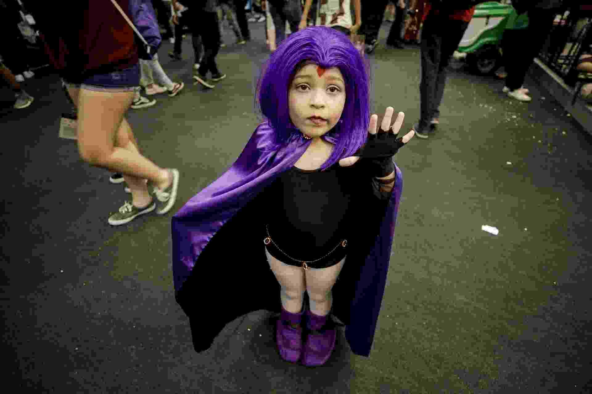 Garota faz cosplay de Ravena na CCXP 2018 - Mariana Pekin/UOL