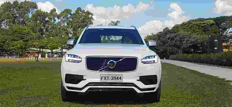 Volvo XC90 é um dos modelos afetados pelo problema, relacionado ao coletor de admissão do motor - Fernando Miragaya/Colaboração para UOL