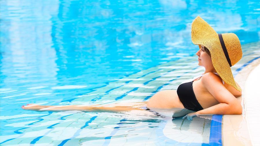 Mudanças hormonais deixam a gestante mais predisposta a desenvolver manchas na pele - iStock