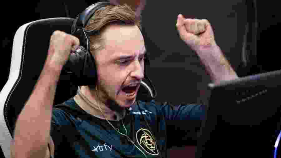 É hora de rever as melhores jogadas da semana no cenário profissional de Counter-Strike:Global Offensive - Reprodução/HLTV