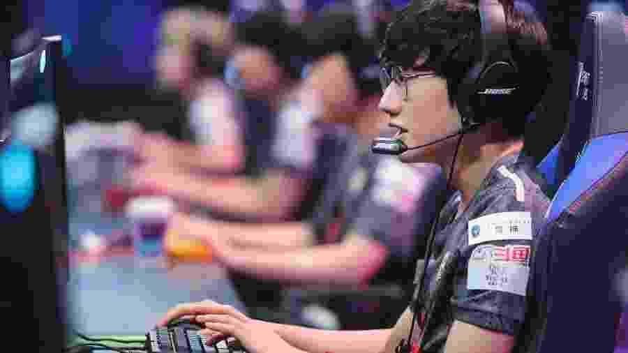 Equipe chinesa e russos conquistam vagas no evento principal do Mundial de LoL - David Lee/Riot Games