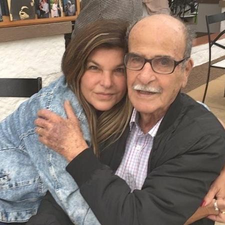 Cristiana Oliveira e seu sogro, Newton Bianco - Reprodução/Instagram