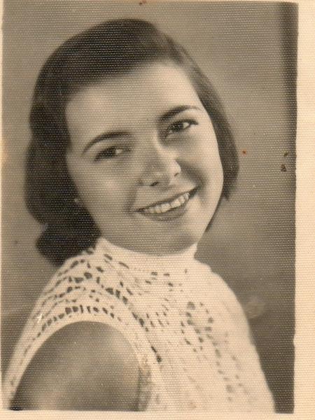 Dolores jovem - Arquivo pessoal - Arquivo pessoal