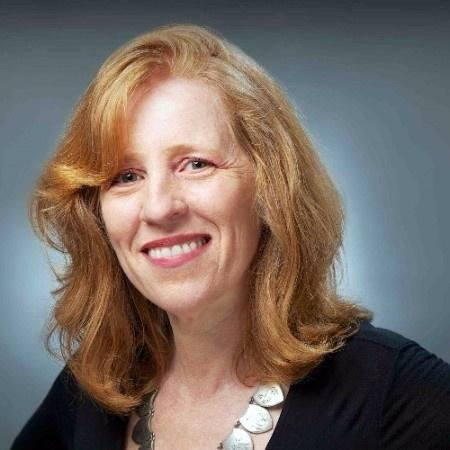 Regina Scharf, jornalista ambiental, tradutora e autora de livros de ficção histórica. - Reprodução/Linkedin