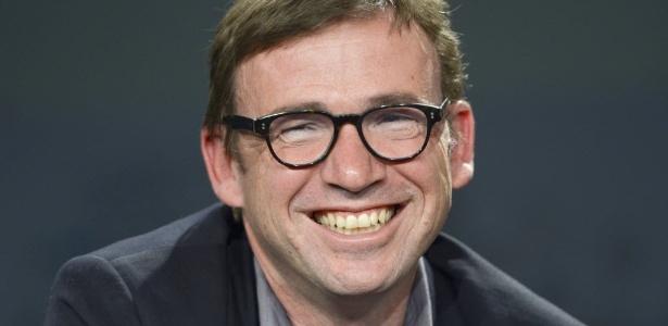 """08.out.2014 - O escritor David Nicholls durante lançamento do romance """"Nós"""" na Feira do Livro de Frankfurt, na Alemanha - EFE"""