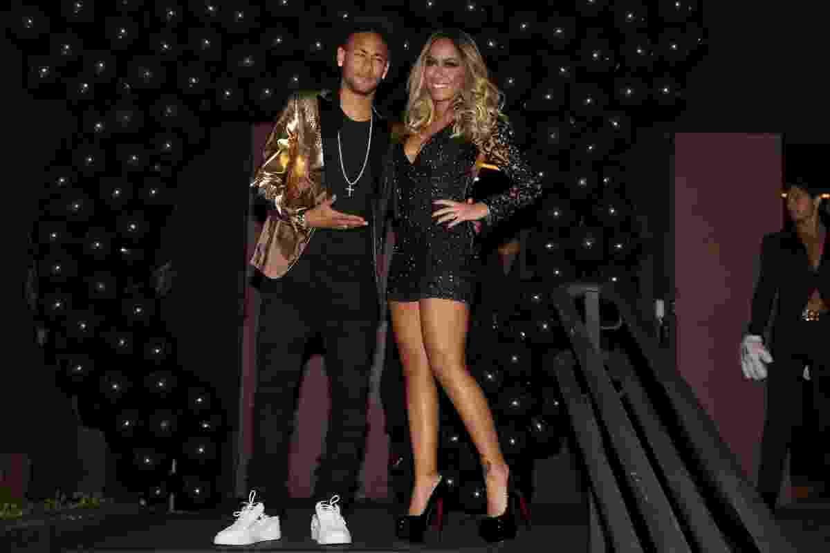 7.mar.2016 - Neymar prestigia a irmã Rafaella Santos no aniversário de 20 anos dela - Manuela Scarpa e Marcos Ribas/Brazil News