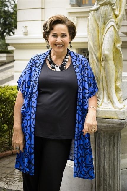 Claudia Jimenez será Lucrécia em