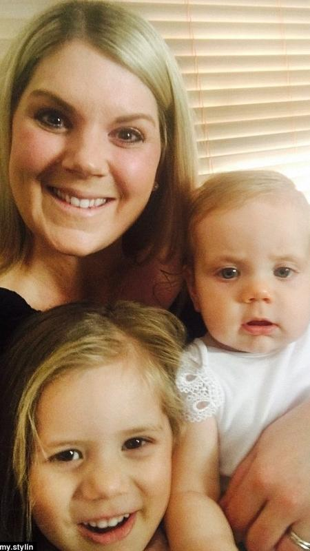 A australiana Skye com as filhas Amaya e Isla (no colo) - Reprodução/Mummy Stylin