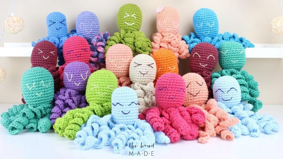 Polvinhos de crochê feitos por Dani Dalledone e suas alunas - Arquivo pessoal
