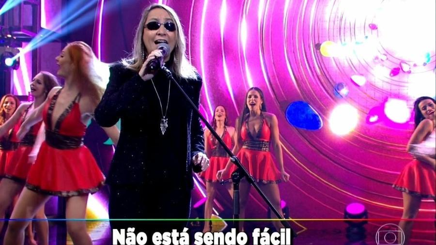 """A cantora Kátia, que voltou à TV no quadro """"Ding Dong"""", do """"Domingão"""" - Reprodução/TV Globo"""