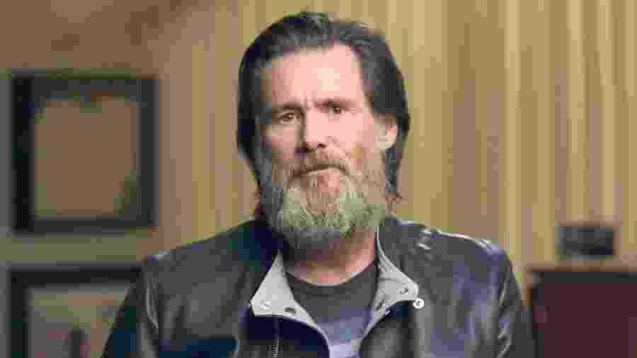 """Jim Carrey em cena do documentário """"Jim & Andy: The Great Beyond"""" - Reprodução"""