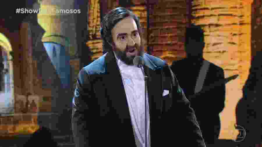 "Helga Nemeczyk encarna Pavarotti no ""Domingão"" - Reprodução"
