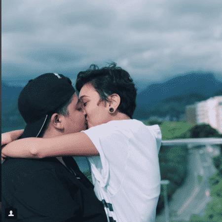 Ana Vilela e a namorada - Reprodução/Instagram