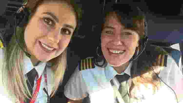 Copilota Paula Soffo e comandante Jaqueline Guglielmi - Arquivo pessoal - Arquivo pessoal