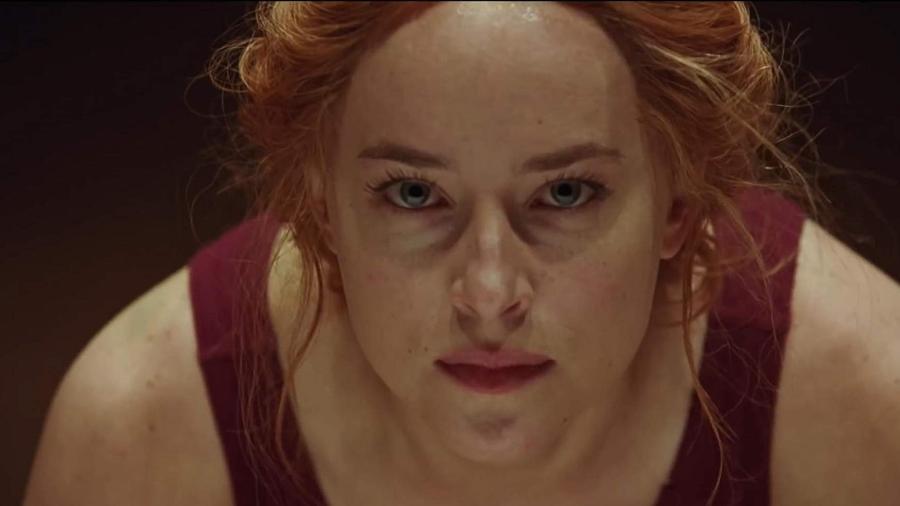 """Dakota Johnson é uma bailarina em no remake de """"Suspiria"""" - Divulgação"""