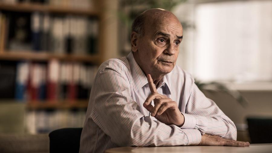 """Para o médico, reação do Brasil em relação à pandemia """"está sendo um péssimo exemplo"""" - Fernando Cavalcanti"""